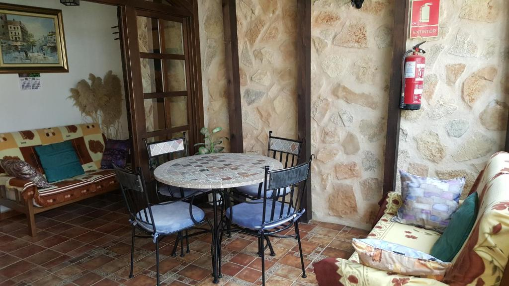 Casa de campo Rincon de Sandra (España Monteagudo de las ...