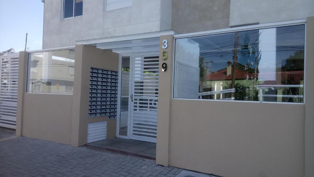 <div data-et-view=NAFQCDCcdXDPdFO:1</div Pelotas Apartments