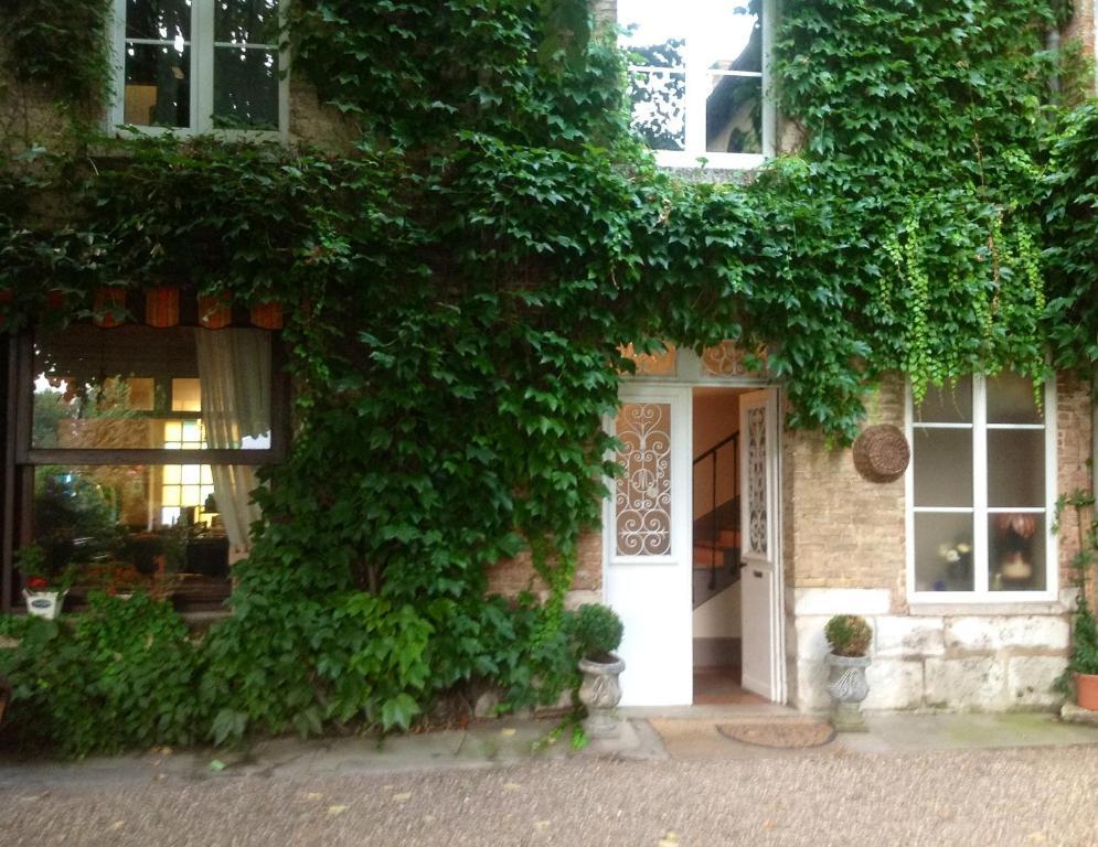 Chambres d 39 h tes la villa ali nor object object book for Chambre de commerce suisse en france