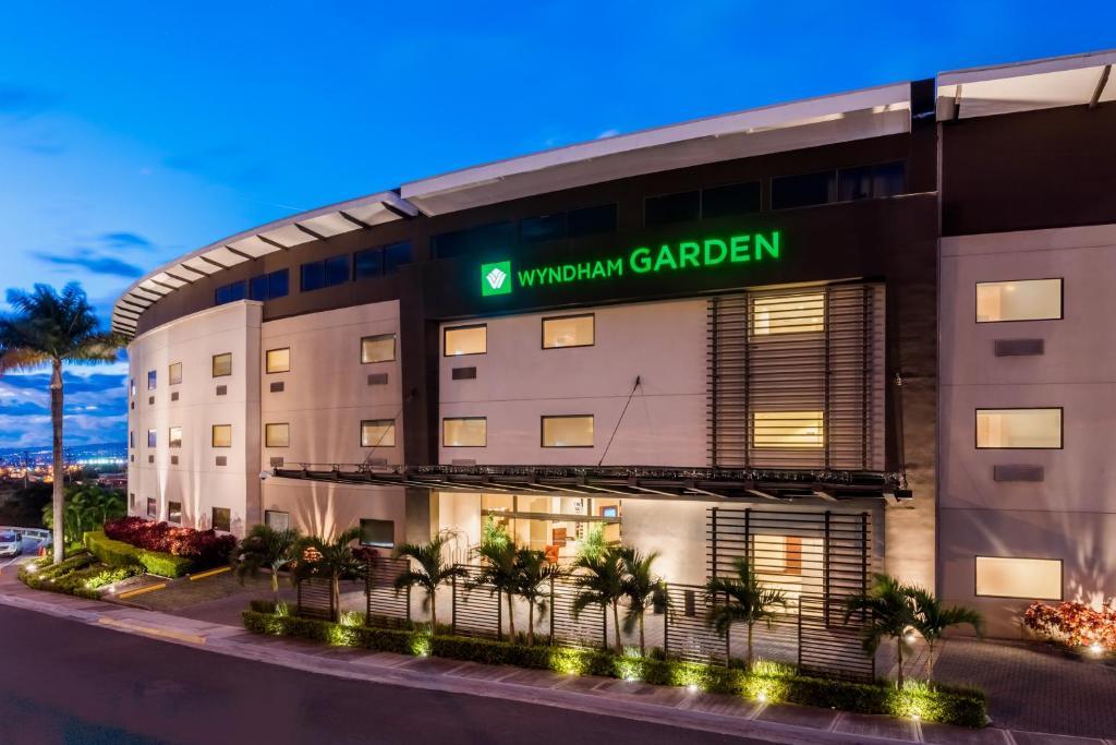 Wyndham Garden San Jose Escazu San Jos Book Your Hotel With Viamichelin