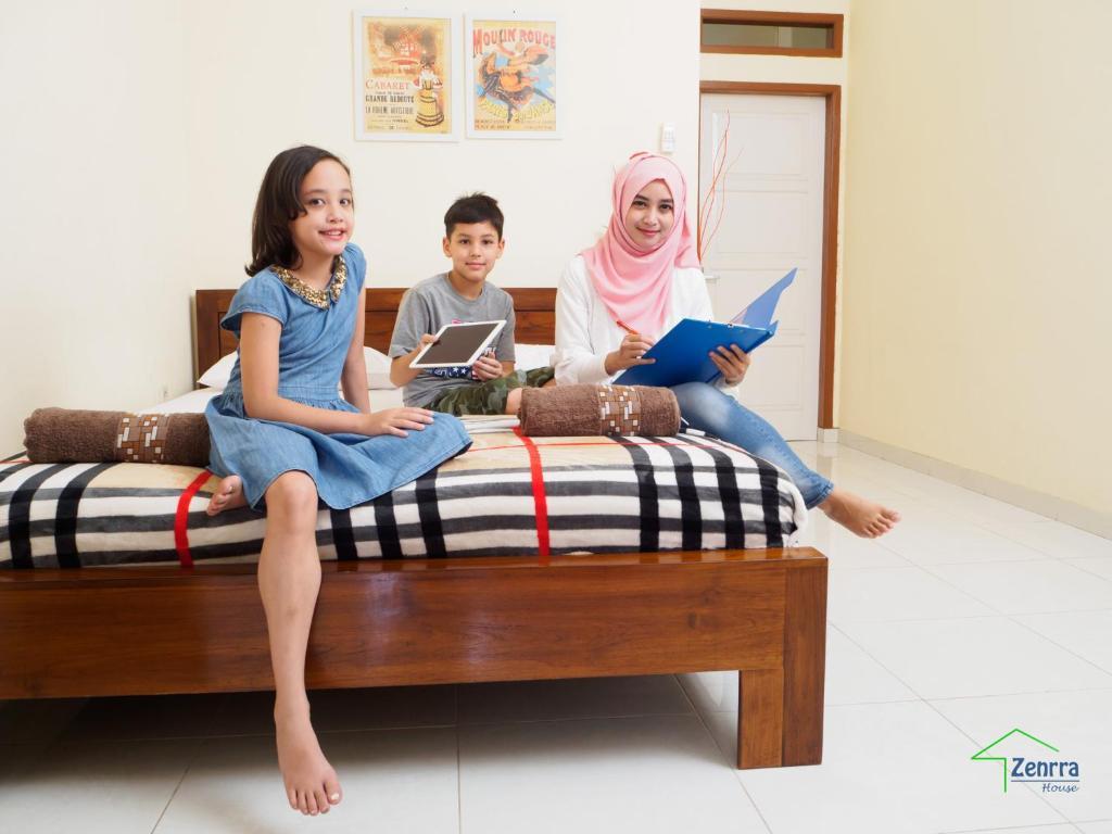 Zenrra House Bed Breakfast Bandung