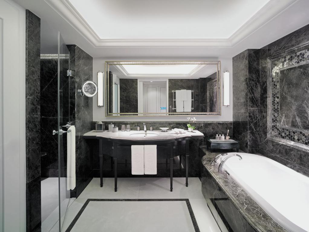 Shangri la bosphorus istanbul i li informationen und for Hotel dekor istanbul