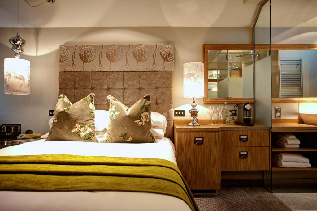 Oddfellows chester chester online booking viamichelin for Boutique hotels chester