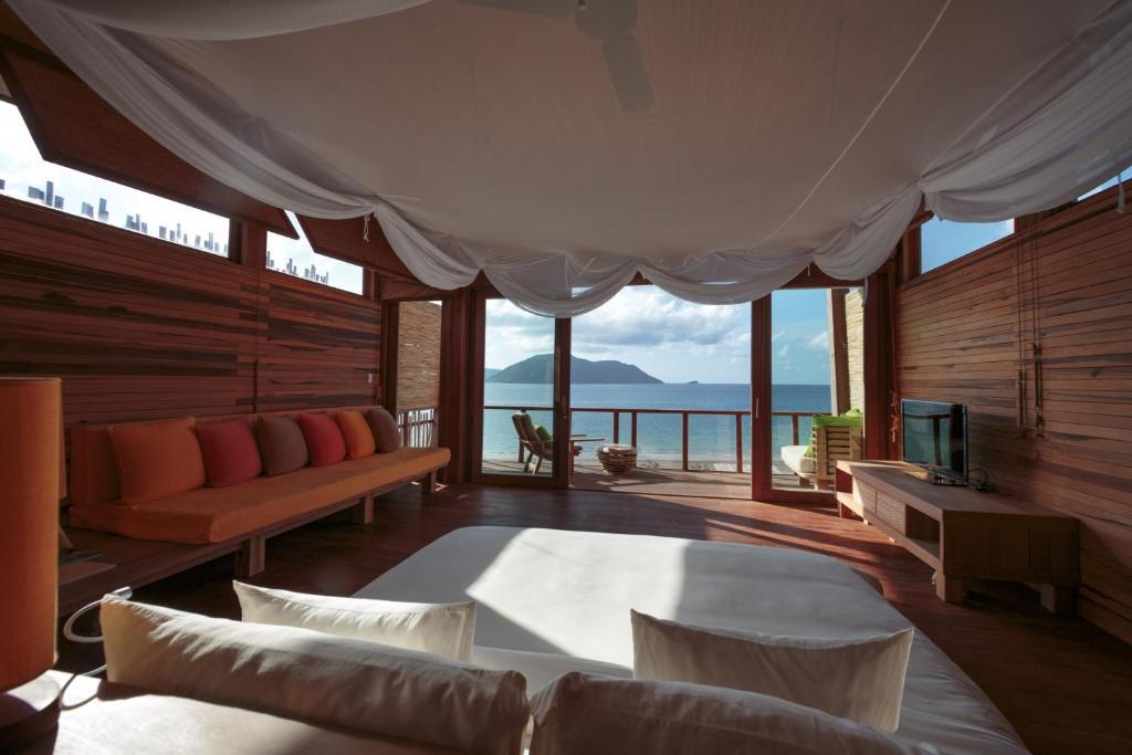 Biệt thự 4 Phòng ngủ có Hồ bơi Nhìn ra Đại dương