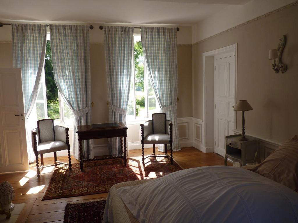 chambres d 39 h tes le petit sully bayeux prenotazione on line viamichelin. Black Bedroom Furniture Sets. Home Design Ideas