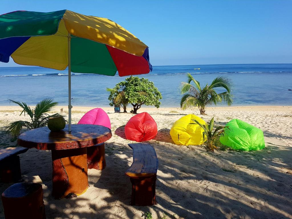 Traditional Filipino Private Resthouse (Beachfront)
