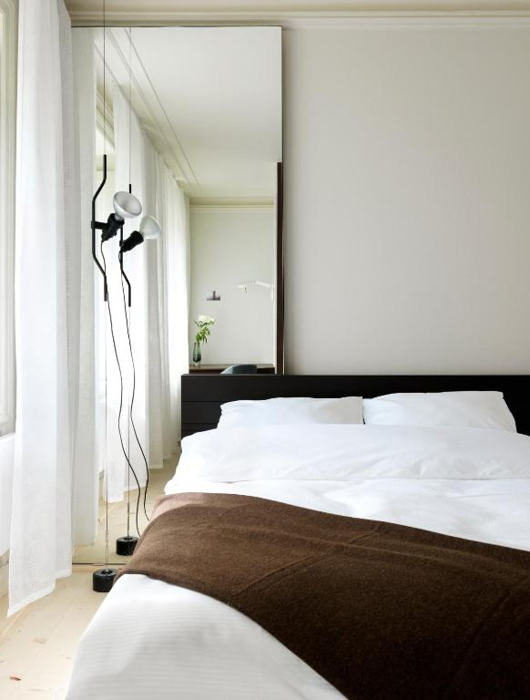 Hotel skeppsholmen r servation gratuite sur viamichelin for Design hotel 1690