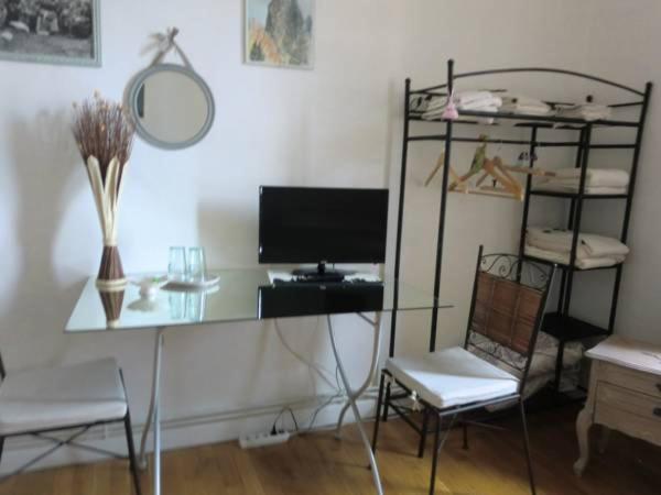 chambre d 39 h tes les ponotes chambres d 39 h tes le puy en velay. Black Bedroom Furniture Sets. Home Design Ideas