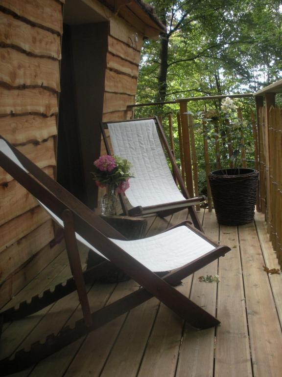 B&B La Cabane du Bois Dormant Spa online booking ViaMichelin # Hotel Du Bois Dormant