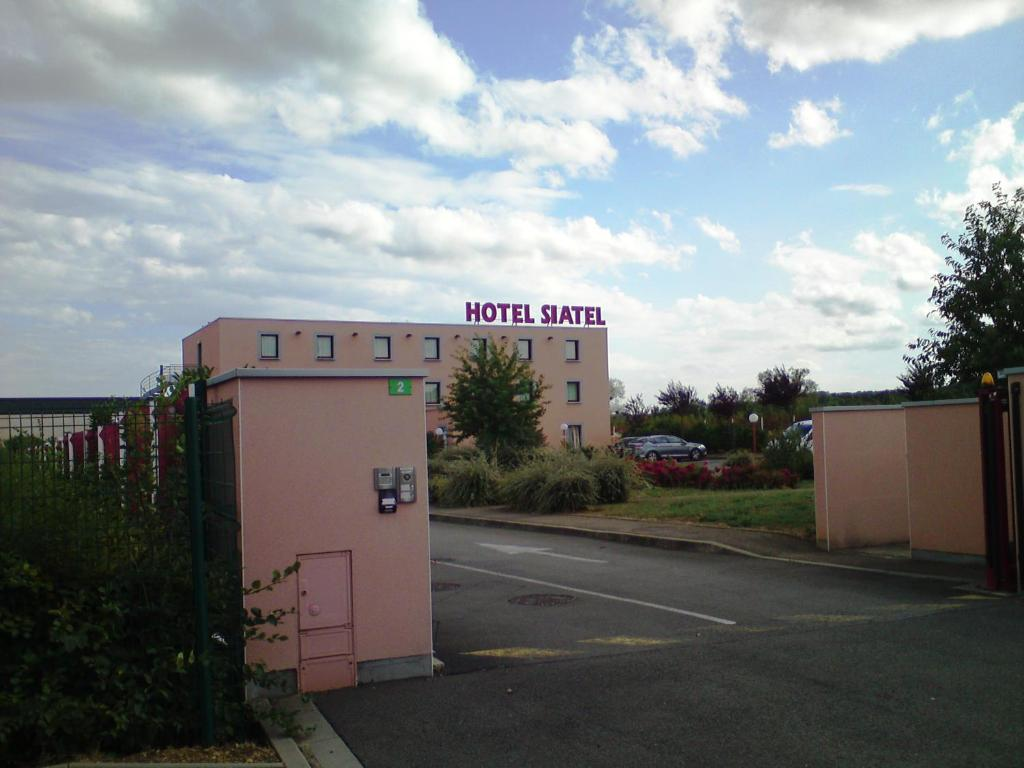 Hotel B And B Metz Semecourt