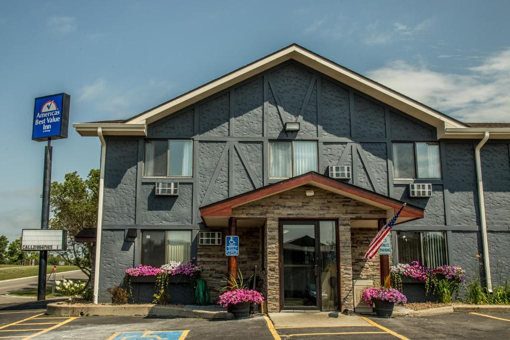 Hotel Rooms In Detroit Lakes Mn
