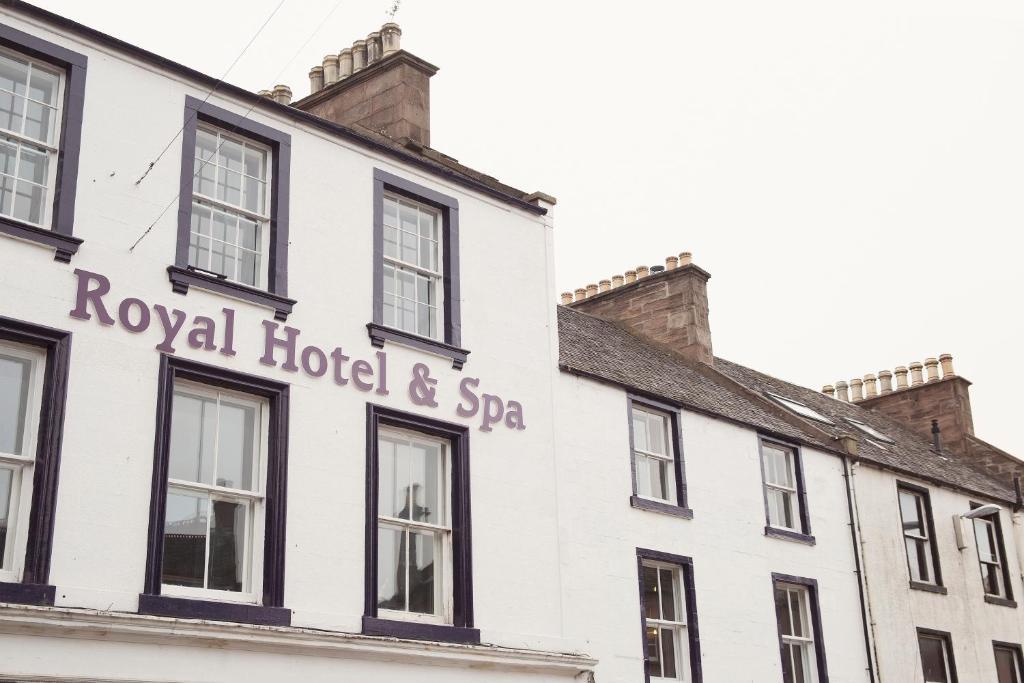 Royal Hotel Forfar