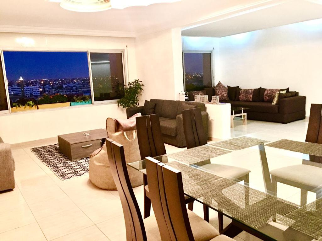 Appartement luxe 2 mars casablanca online booking for Booking appartement