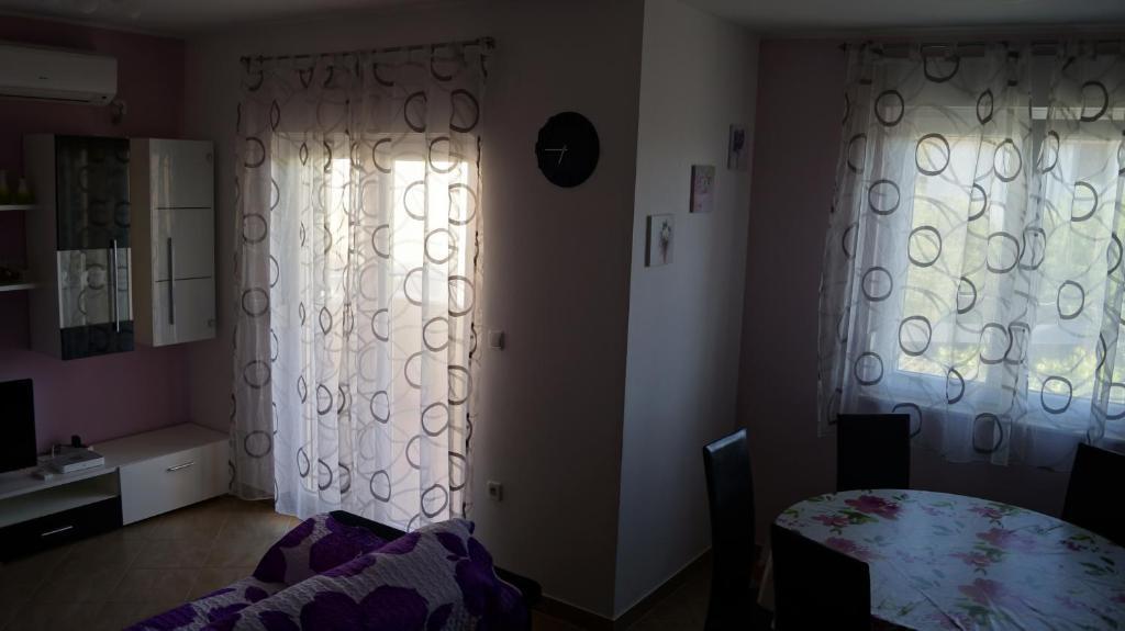 Apartamento Sandra (Croácia Rogoznica) - Booking.com