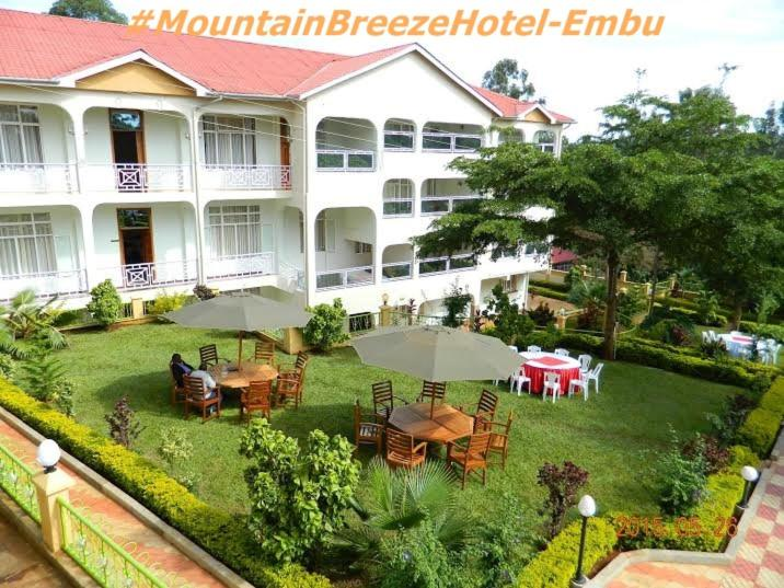 Mountain Breeze Hotel