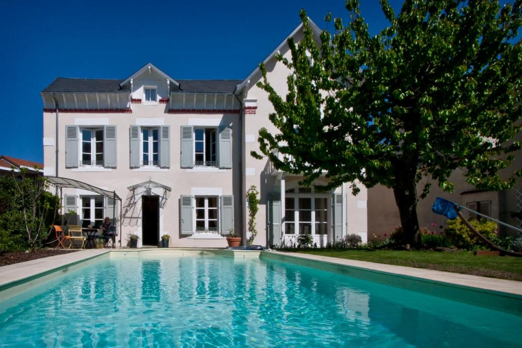 Hotel Piscine Limoges