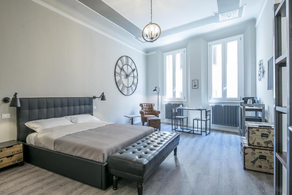 Steam house room breakfast bologna book your hotel for Hotel design bologna