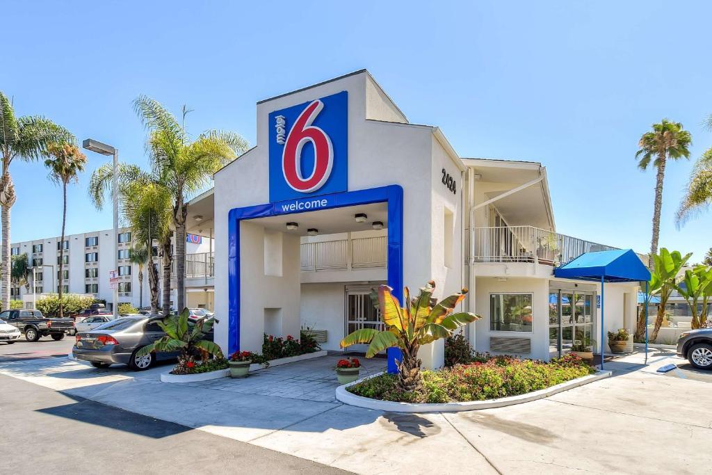 Premier Inn  Hotel Circle Place San Diego Ca