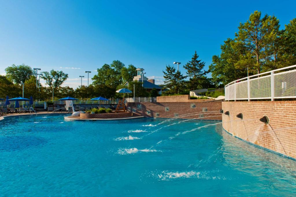 Hyatt regency chesapeake bay golf resort spa marina cambridge online booking viamichelin for Hotels in cambridge with swimming pool