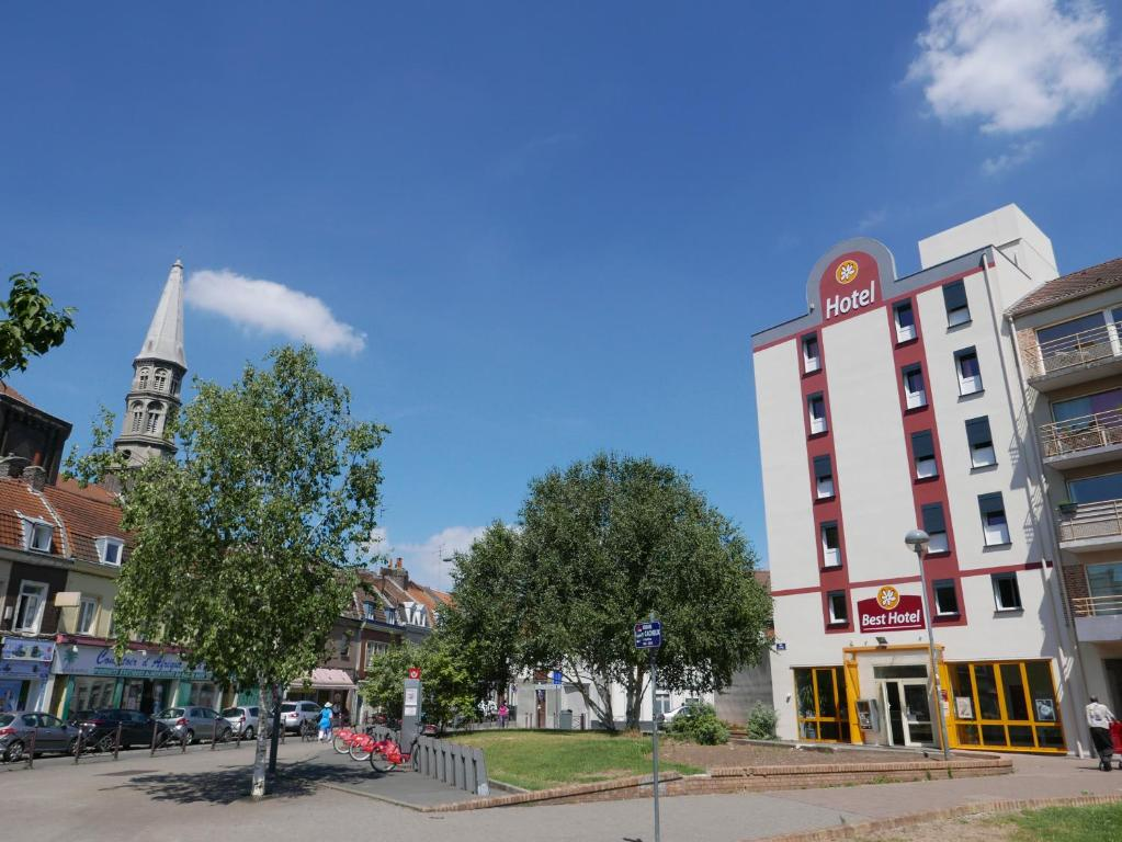 Best h tel lille lille online booking viamichelin for Hotels lille