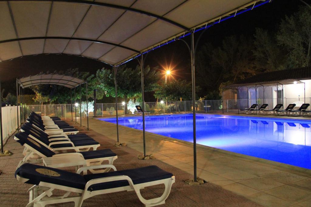 Hotel Saint Louis Isle Sur La Sorgue