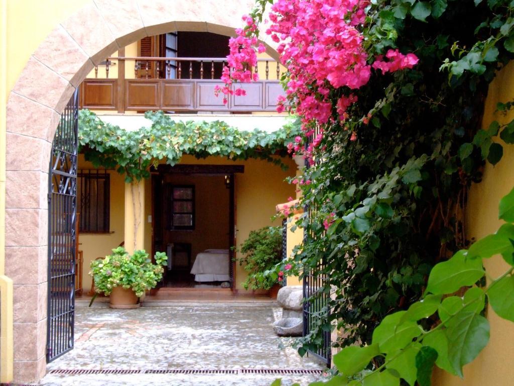 Hotel Villa Vicuna Salta