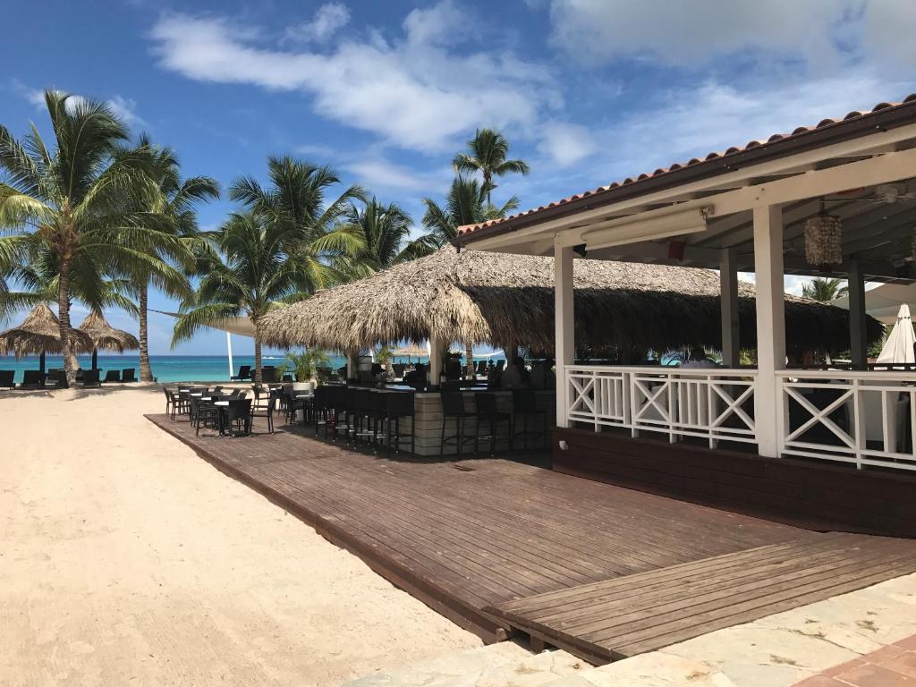 Cadaques caribe caracol 103 apartamento bayahibe - Casas rurales cadaques ...