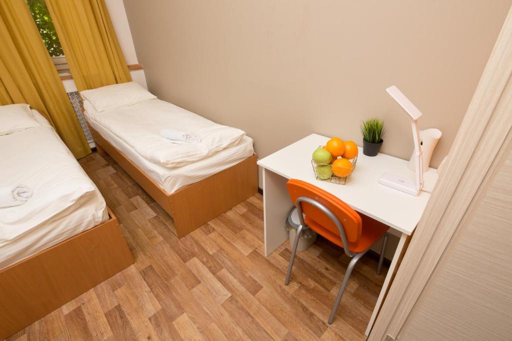 Z hostel irkutsk reserva tu hotel con viamichelin for Habitaciones familiares italia