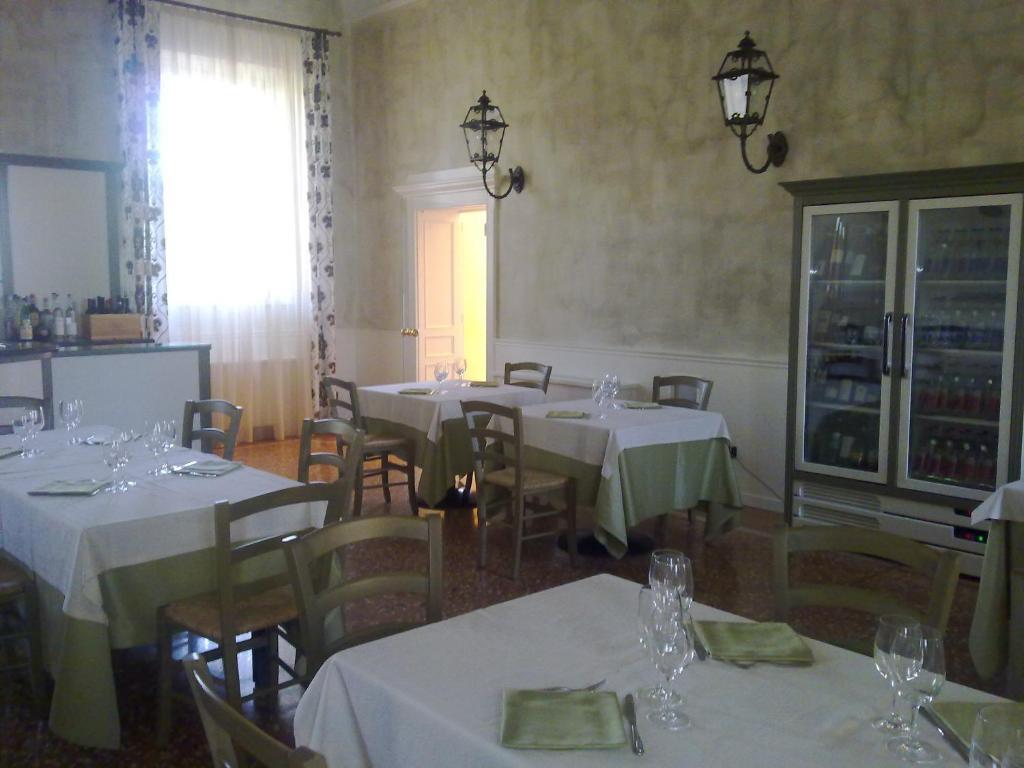 Villa aretusi casalecchio di reno reserva tu hotel con for Hotel casalecchio bologna