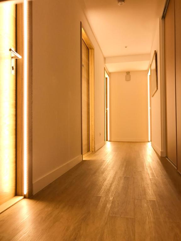 les annexes de l 39 h tel t te d 39 or lyons book your hotel with viamichelin. Black Bedroom Furniture Sets. Home Design Ideas