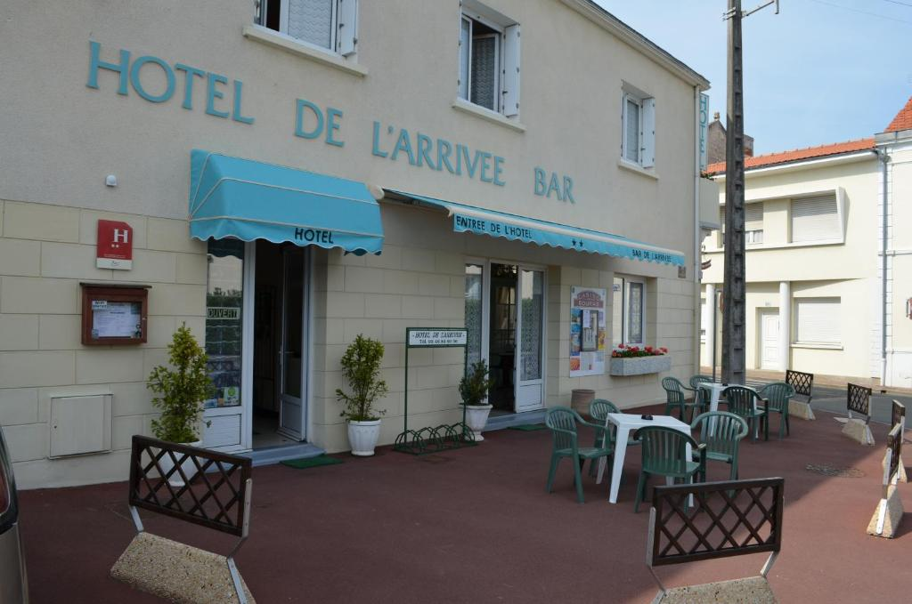 H tel de l 39 arriv e ch telaillon plage book your hotel for Fouras hotel