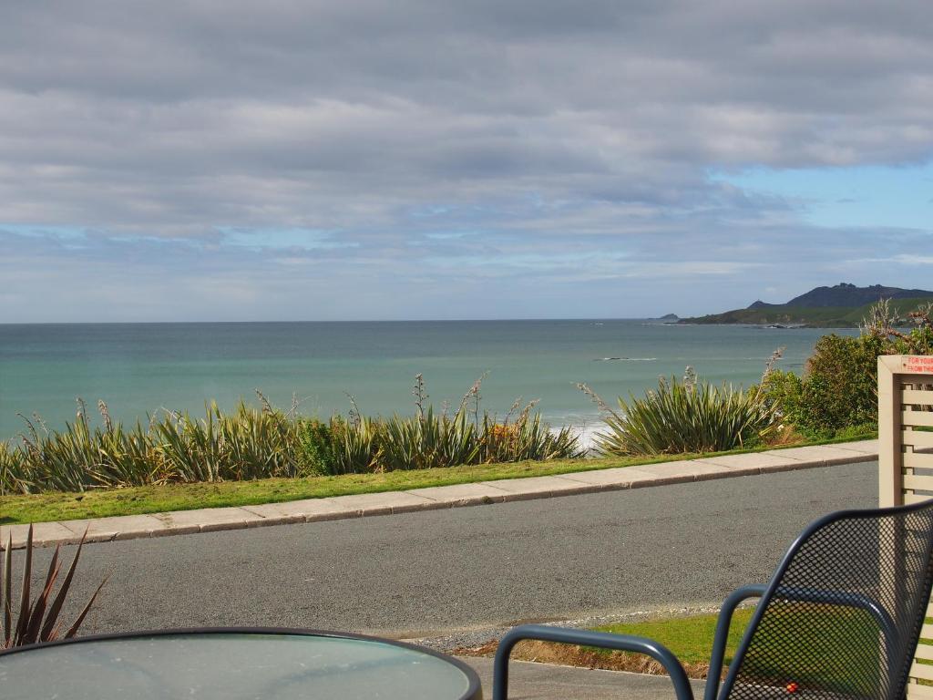 Cardno 39 s accommodation prenotazione on line viamichelin for 50 marine terrace