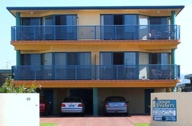 Apartment Ocean Breakers