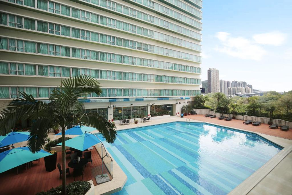 Regal riverside hotel hong kong book your hotel with Regal riverside hotel swimming pool