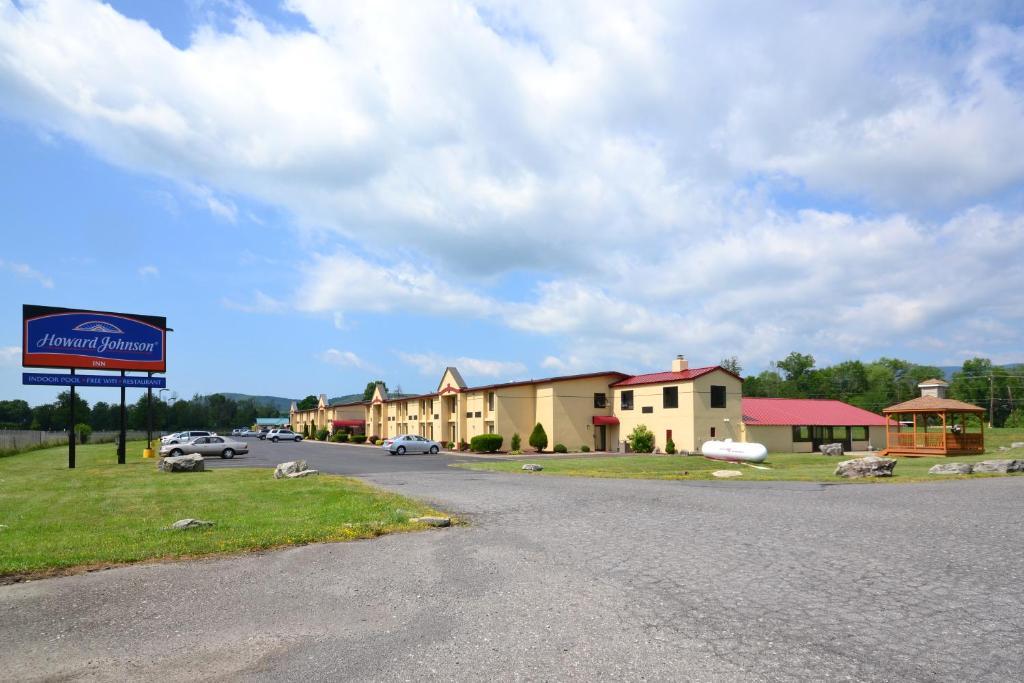 Howard Johnson Hotel Saugerties Ny
