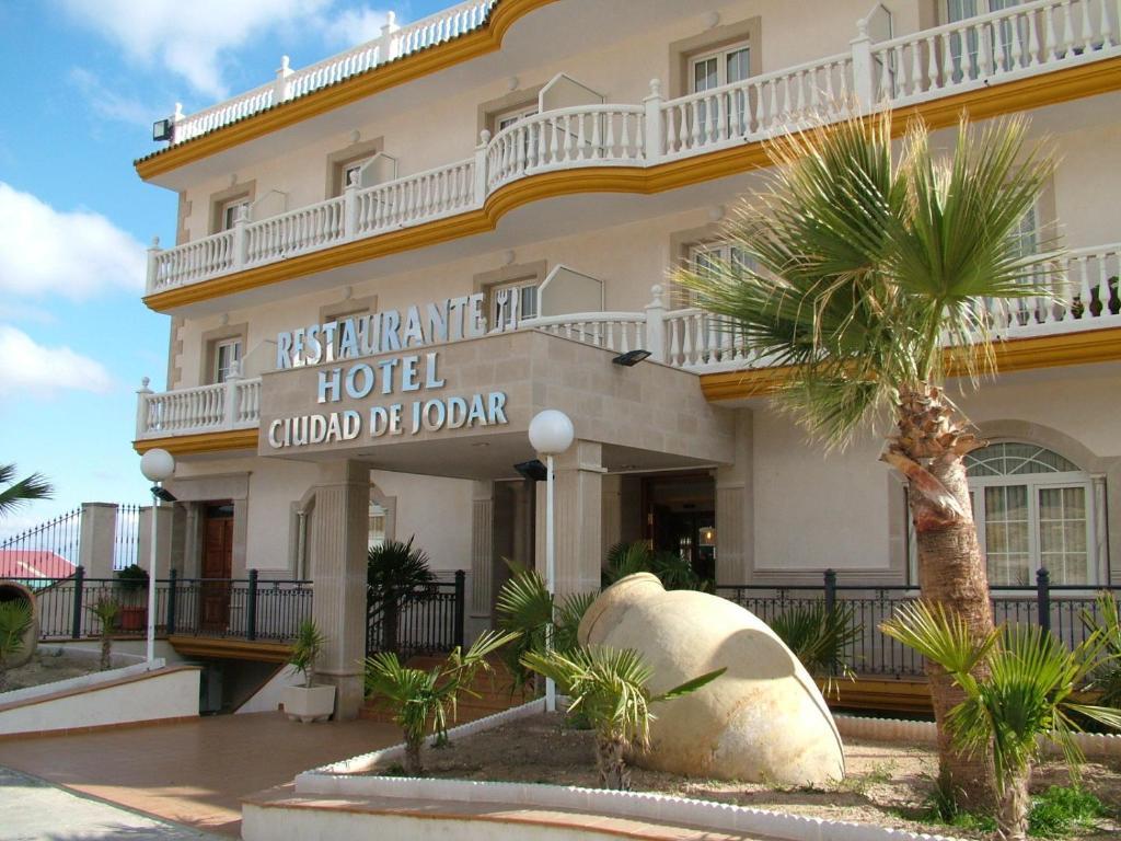 Hotel ciudad de j dar j dar prenotazione on line viamichelin - Piscina de jodar ...