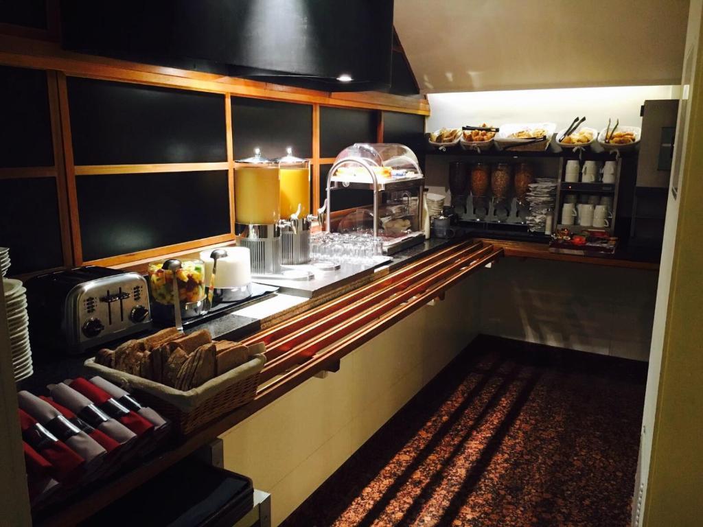 Select hotel paris online booking viamichelin for Hotel design sorbonne paris 6 rue victor cousin 75005