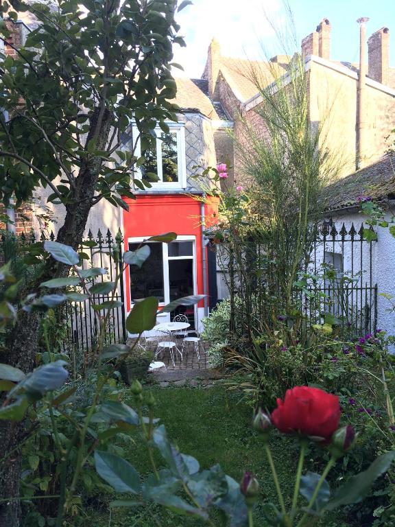 La maison du bulot r servation gratuite sur viamichelin for Agnes b la maison sur l eau