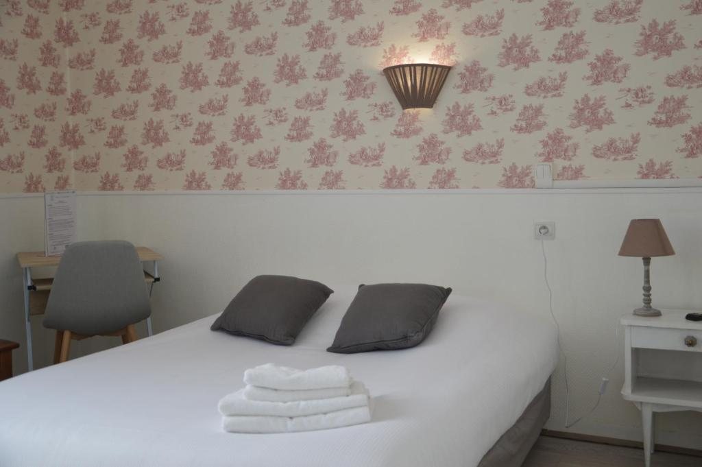 h tel de la colombi re chalon sur sa ne prenotazione on line viamichelin. Black Bedroom Furniture Sets. Home Design Ideas