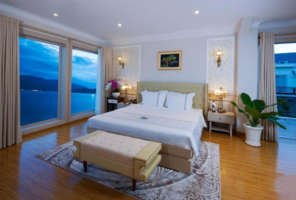 Suite Gia đình 4 Phòng Ngủ