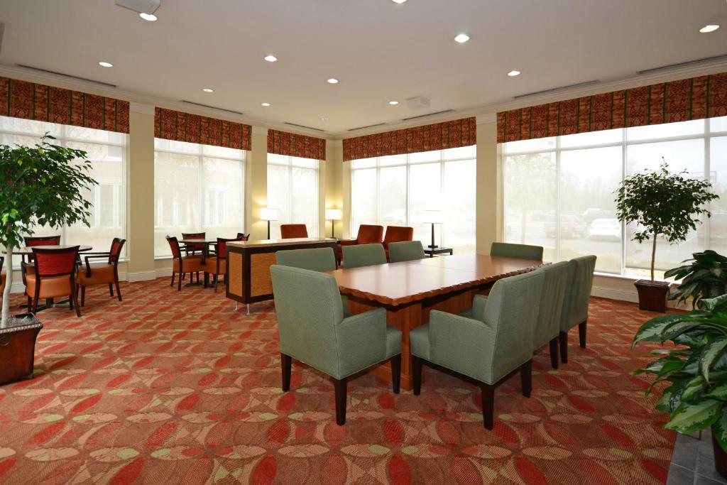 Hilton Garden Inn Tulsa Airport R Servation Gratuite Sur Viamichelin