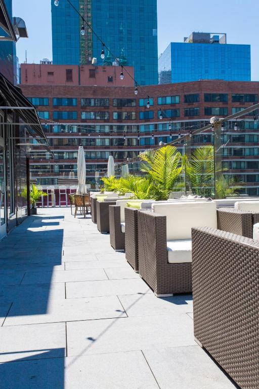 Ivy boutique hotel chicago book your hotel with for Trendy hotels chicago