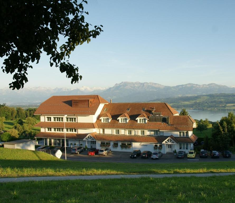 Hotel Restaurant Vogelsang In English