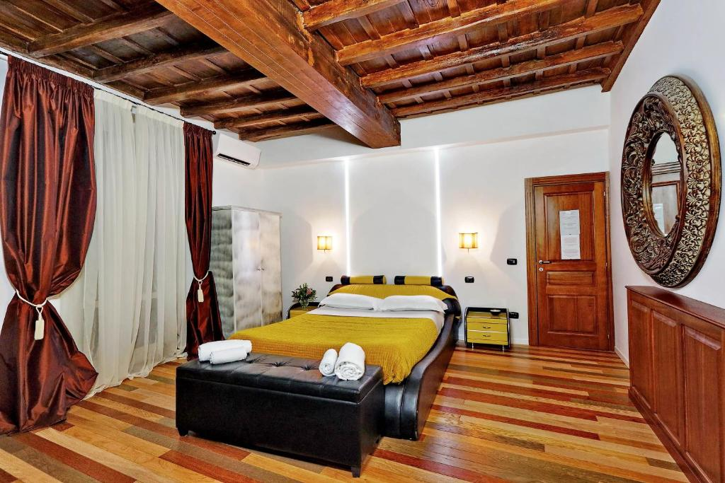 O Hub Spagna é uma boa opção de hospedagem em Campo Marzio