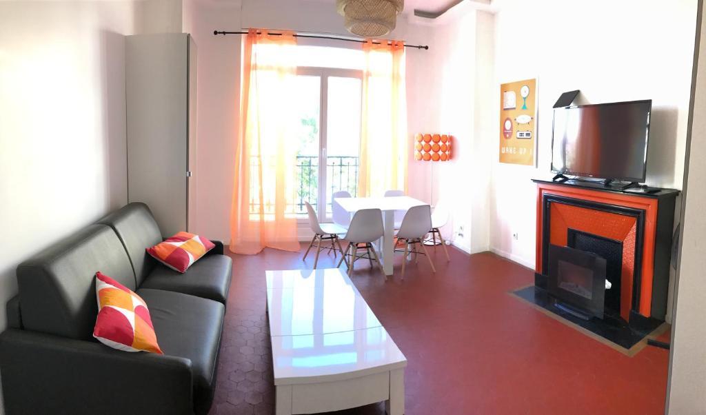 Appartement design meubl marseille centre lonchamp for Appartement design marseille