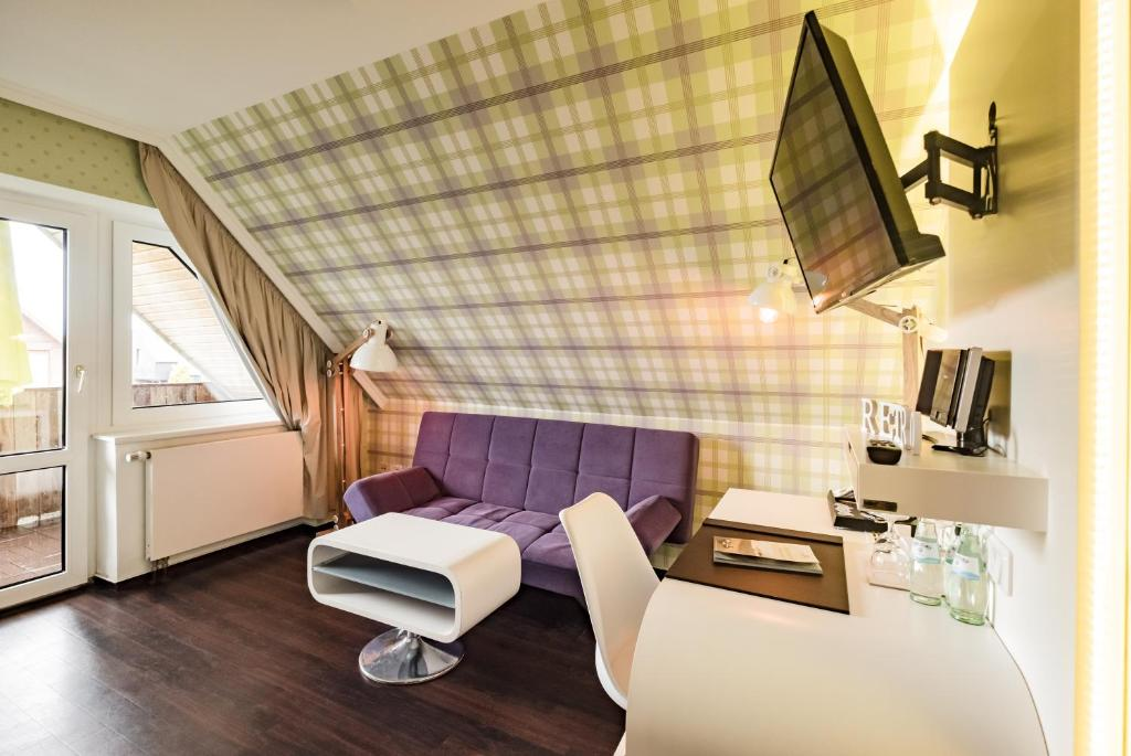 Retro design hotel dornum book your hotel with viamichelin for Designhotel langeoog