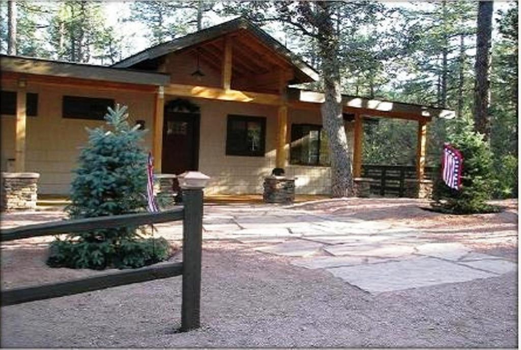 Kamp Kiwis Cabins Payson Informationen Und Buchungen