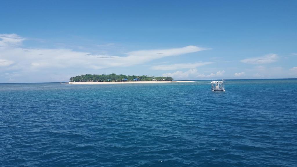 Arena Island Resort