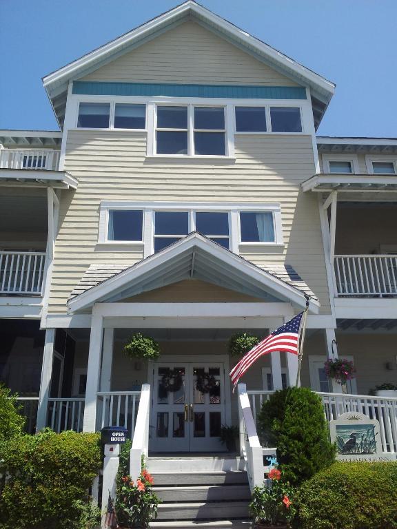 Bald Head Island Hotels