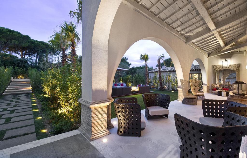 Villa of 400 m²